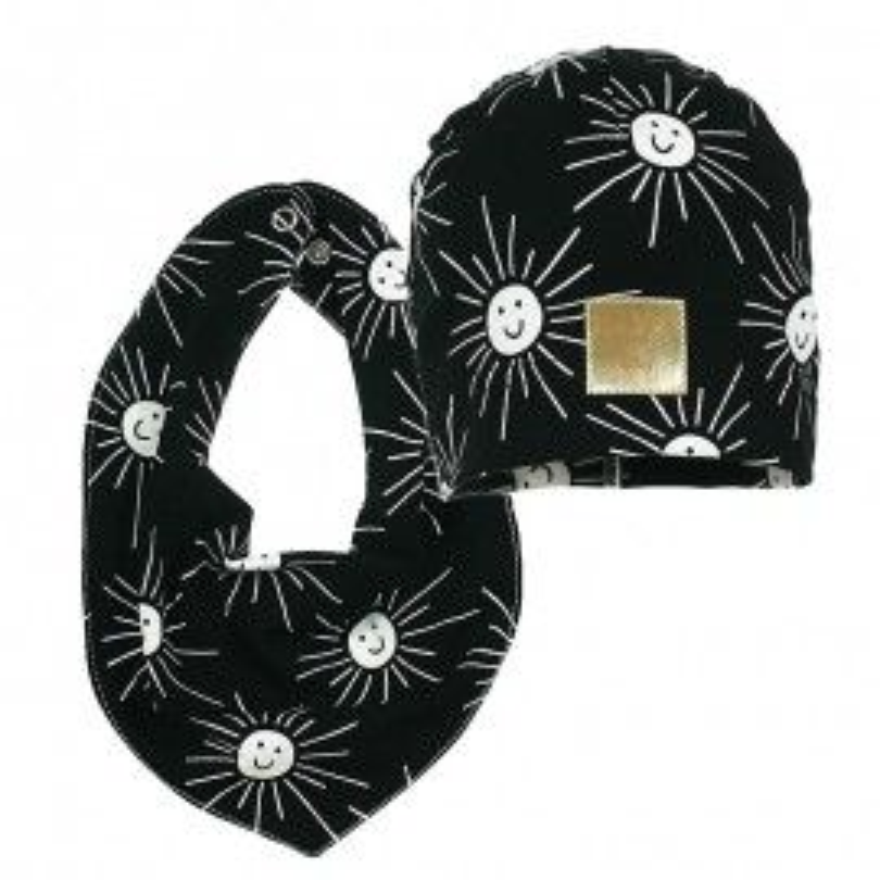 komplet czapka z chustka biały czarny słońce wiosna delikatna miła praktyczna PUPILL